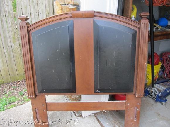 upcycyled headboard chalkboard