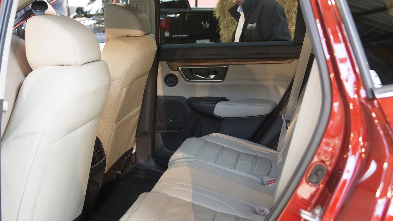Xe ô tô Honda CR V 011
