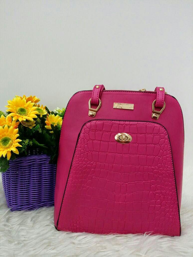 Burberry Handbag Gred Aaa
