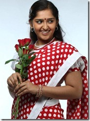 sanusha_in_saree_photo