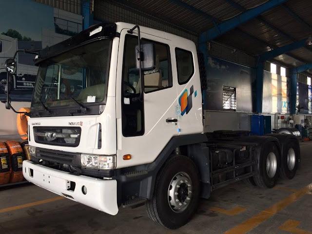 Xe đầu kéo Daewoo Novus 2 cầu nhập khẩu