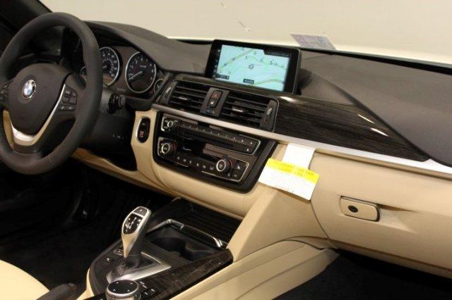 Nội thất xe BMW 420i Convertible new model 02