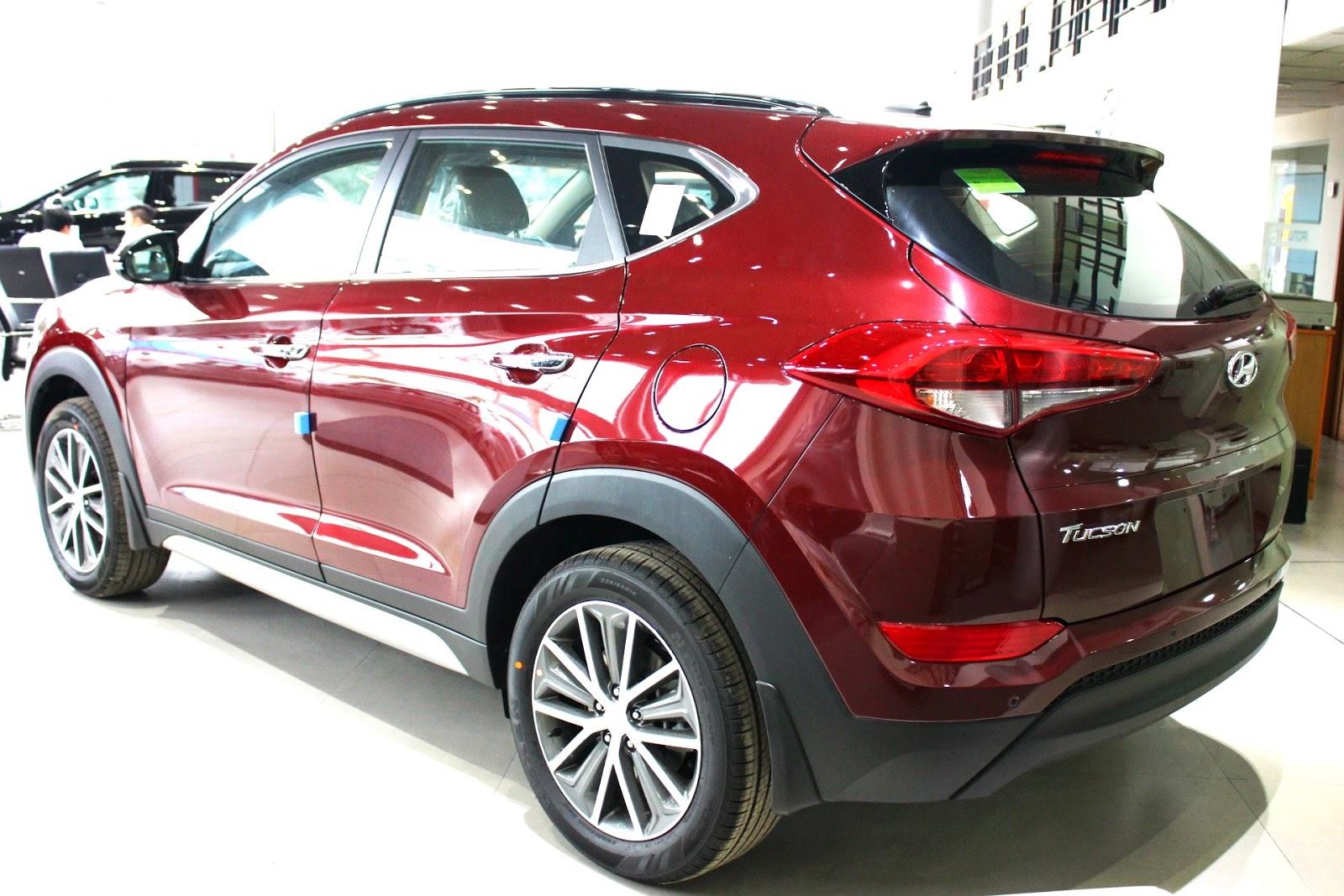 Xe Hyundai Tucson 2018 màu đỏ 04