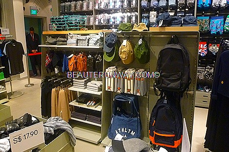 H&M Singapore Mens accessories