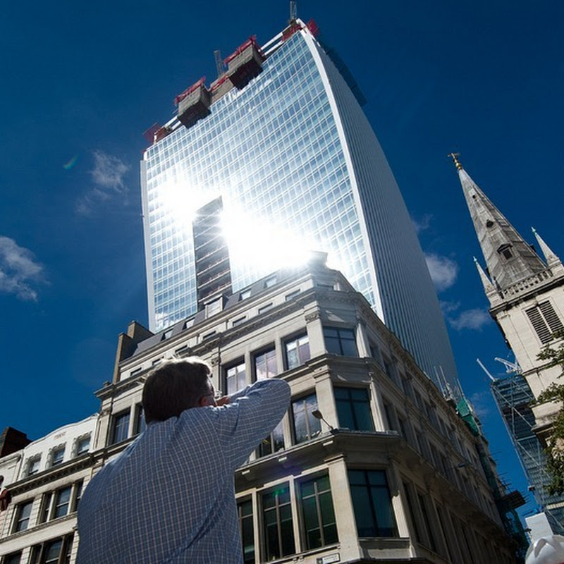 Walkie Talkie Building in London Creates 'Death Ray' with Reflected Sunlight