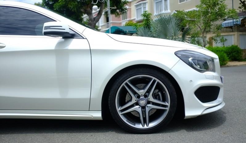 Xe Mercedes Benz CLA250 cũ 2014 màu trắng 06