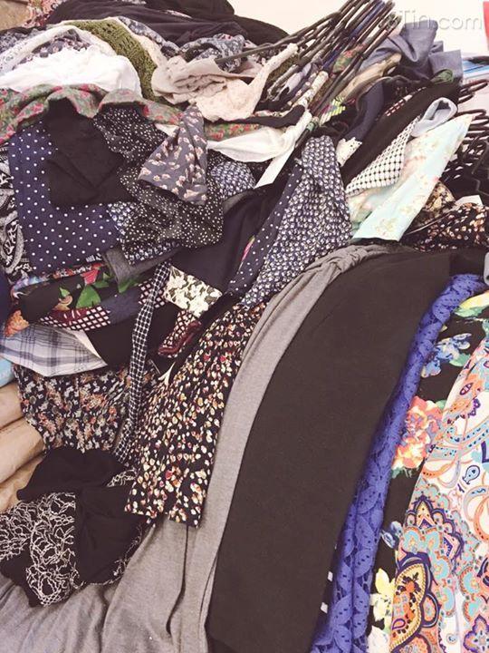 Chào buổi sáng bằng 200 đầm/váy Hàn Quốc mới về . Hoa