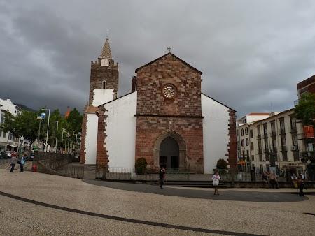 Revelion 2014:  Biserica din Funchal, Madeira