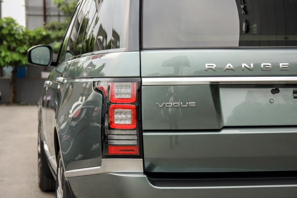 Xe Range Rover Vogue 09