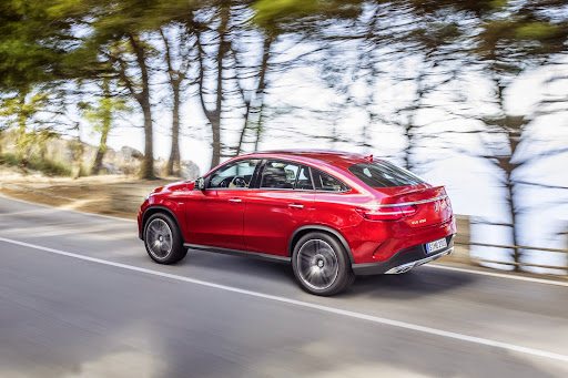 2016-Mercedes-Benz-GLE-Coupe-07.jpg