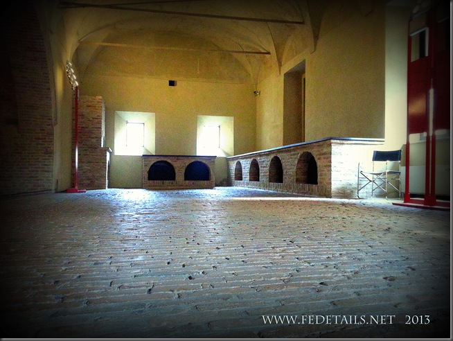 Dentro al Castello Estense - Le Cucine Ducali, foto 3, Ferrara, Emilia Romagna, Italia - Inside the Castle Estense - The Ducali Kitchens, photo 3, Ferrara, Emilia Romagna, Italy - Property and Copyrights of www.fedetails.net