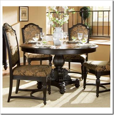Elegant-Classic-Round-Dining-Room-Table-Design-Ideas at scrollmag