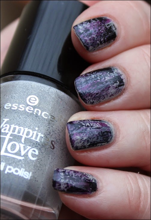 Grunge Nail Art Nageldesign Distressed Nails 02