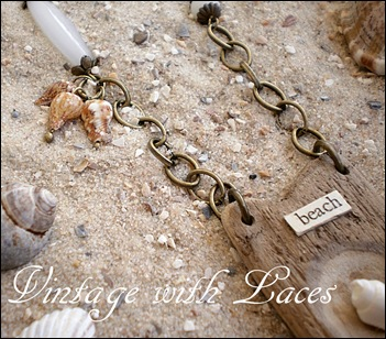 "Driftwood Jewelry. Necklace ""Beach"" by Vintage with Laces"