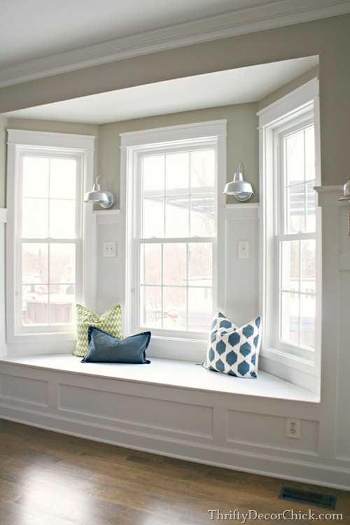 Bay Window Seat In Kitchen From Thrifty Decor Chick