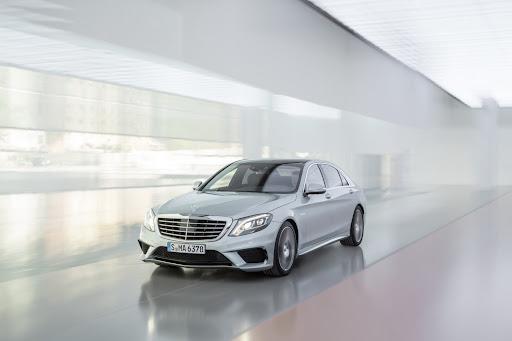 2014-Mercedes-Benz-S63-AMG-09.jpg