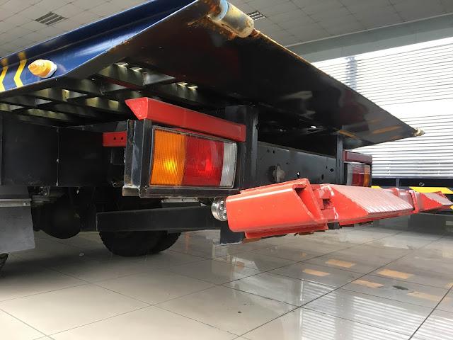 Cần nâng xe Hyundai HD120sl cứu hộ chở xe
