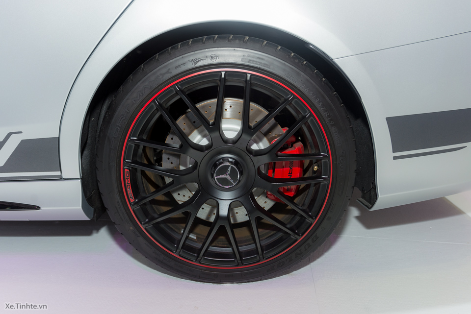 Xe Mercedes Benz C63 S AMG 02