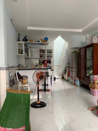 Bán gấp nhà hẻm một sẹc đường Nguyễn Sơn quận Tân Phú 3