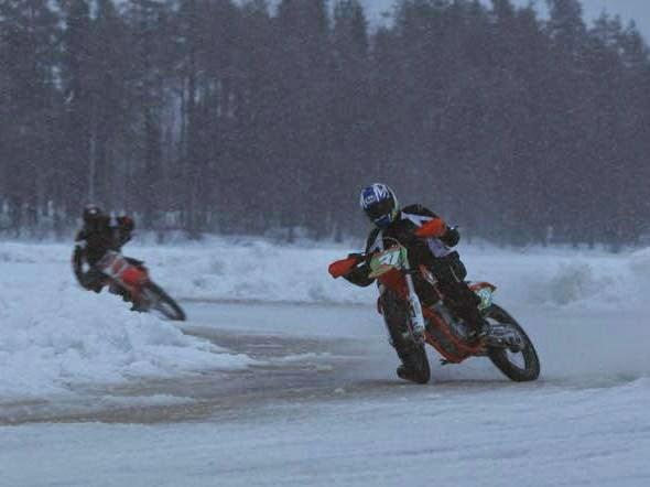 bikeracing-motogp4.jpg