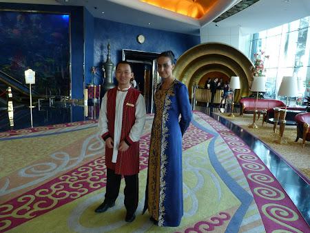 15.Obiective turistice Dubai:e staff Burj al Arab
