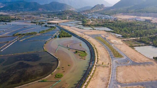 Bán biệt thự 3 mặt Hướng Sông Nha Trang