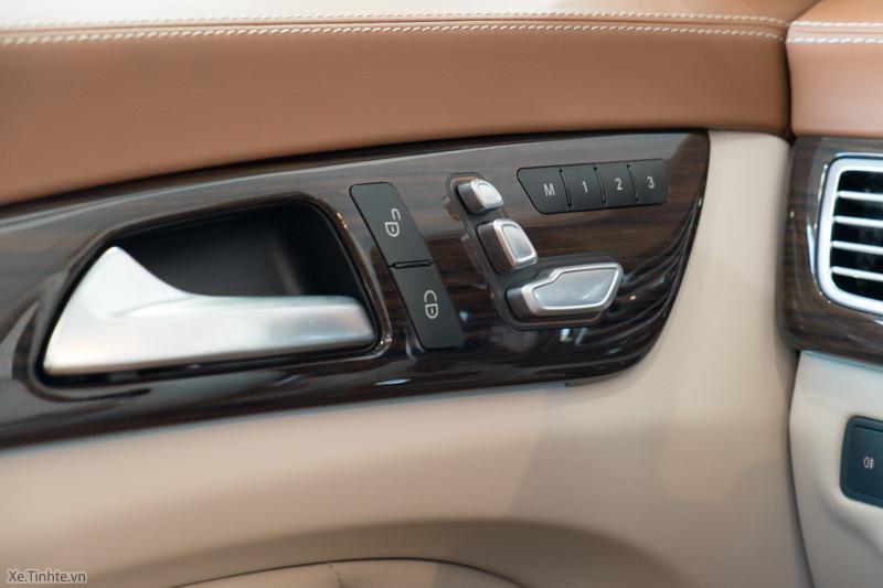 Xe Mercedes Benz CLS500 New Model màu trắng 023