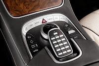 2014-Mercedes-S-Class-40.jpg