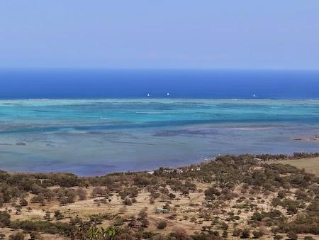 13. Plaja Mauritius.JPG
