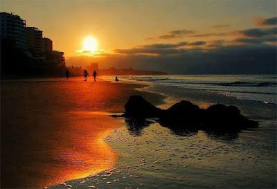 The beautiful sunsets of Manta Enjoy this photograph