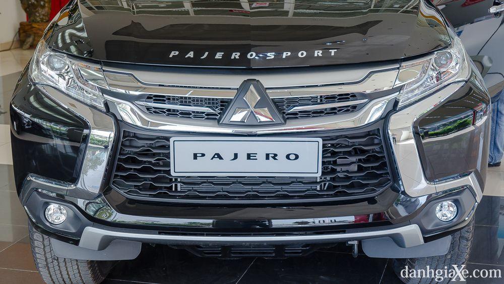 Xe Mitsubishi Pajero Sport 7 chỗ nhập khẩu 05