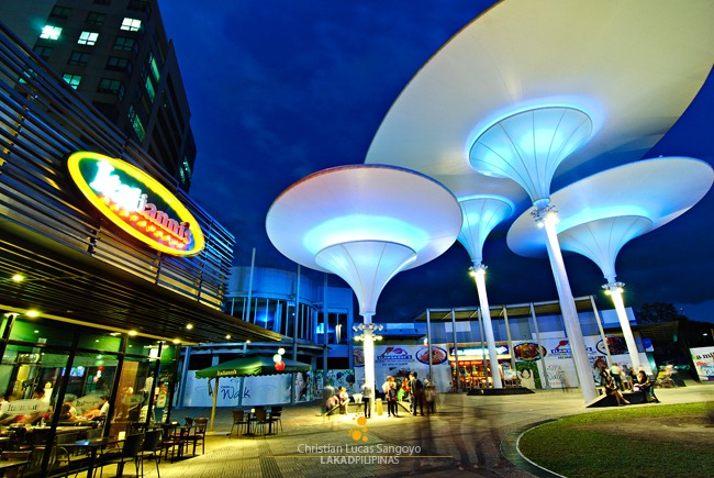 Centris Walk, Quezon City
