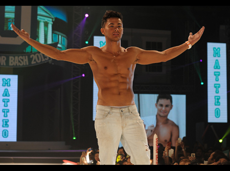 Sexy and shirtless: These 20 celebrity heartthrobs are