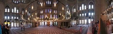 Blue_mosque_interior_panorama