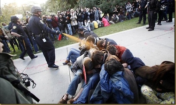 273697-pepper-spraying-cop