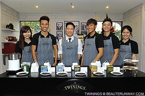 Twinings Tea Boutique Parlour  tea tasting bar Tea Master with fresh brews customised to individual tastes tea connoisseur  trained Twining's Tea Ambassadors Mandarin Hotel Singapore Gallery Orchard Road.