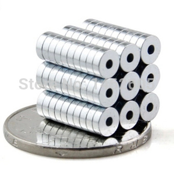 nam-cham-vien-tron-6,5x1,5-lo-2mm