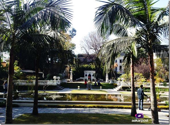 Kaiser-mahal-garden-of-dreams