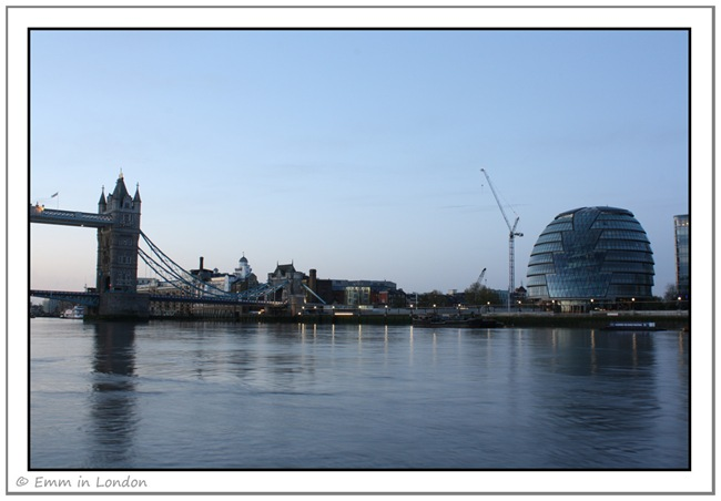 Tower Bridge and City Hall just before sunrise