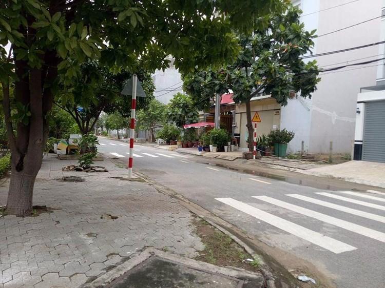 Nhà Mặt Tiền Quận Tân Phú đường Đinh Liệt 3.5 tấm thiết kế hiện đại 02