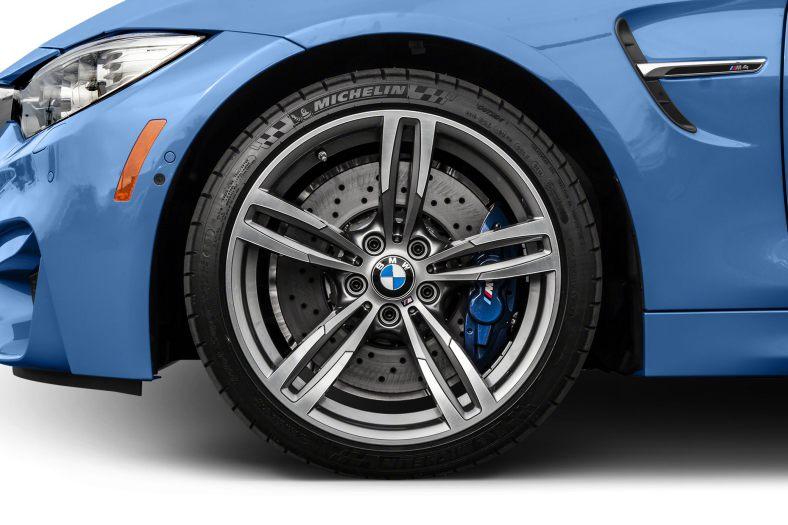 Xe BMW M4 Convertible 05