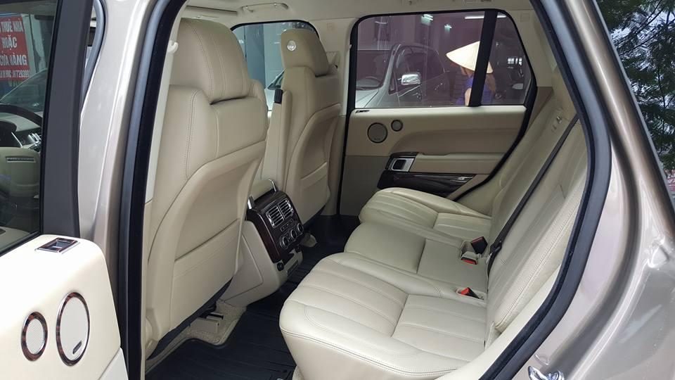 Nội thất xe Range Rover HSE 03