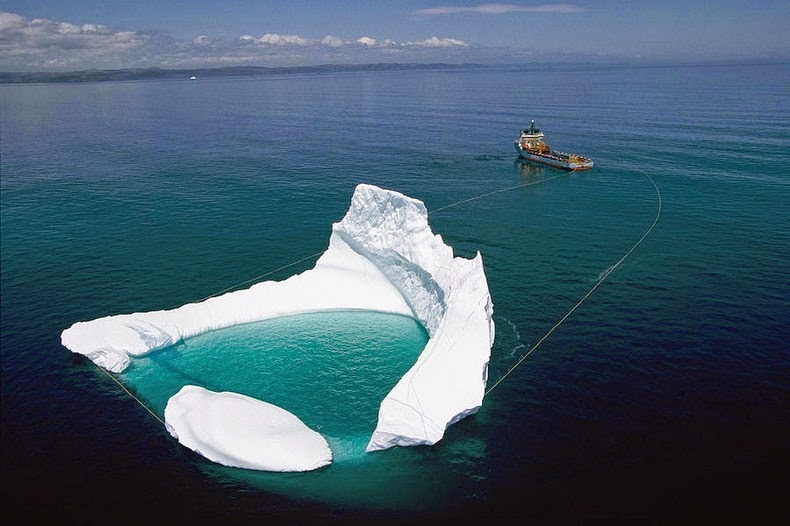 towing-iceberg-1