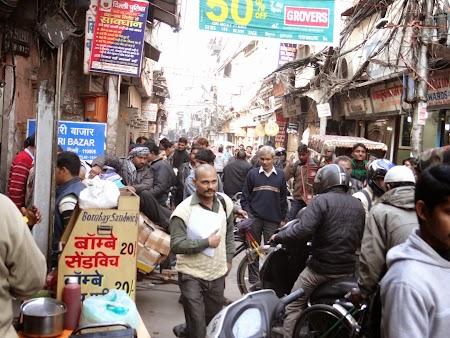 05. Bazar Delhi.JPG