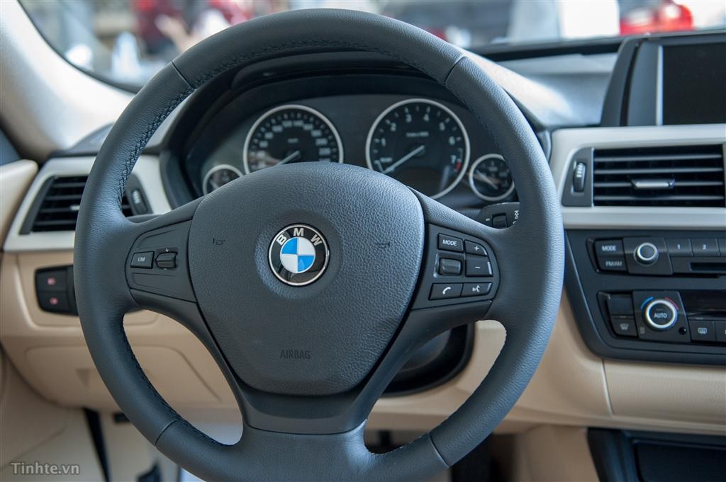 Xe BMW 320i GT 06