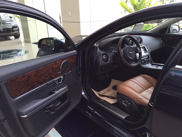 Xe Jaguar XJL Premium Luxury LWB màu đen 06