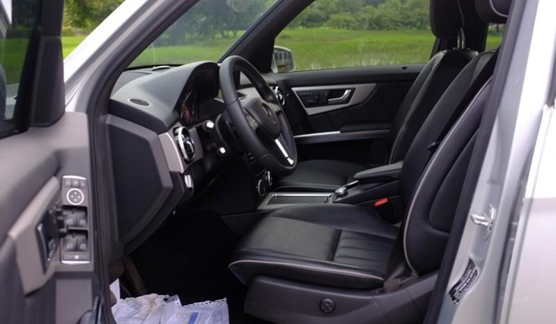 Nội thất xe Mercedes Benz GLK 220 cũ máy dầu 2014 màu bạc 04