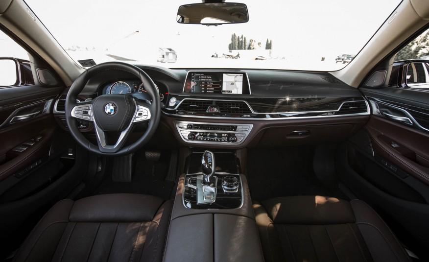 Xe BMW 730Li 07