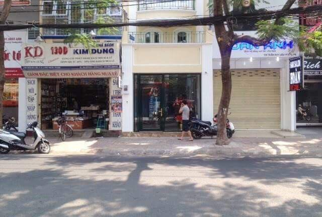 Bán nhà Mặt Tiền đường Lương Thế Vinh Quận Tân Phú, số 58, diện tích 4mx20m, 3.5 tấm, 03