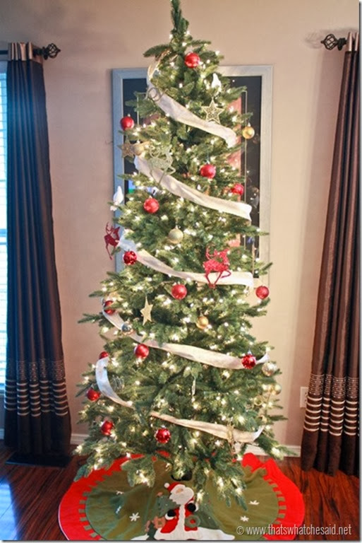 504x754xDecorated_Christmas_Tree_at_thatswhatchesaid.net_thumb.jpg.pagespeed.ic.nrY5bKRhLW